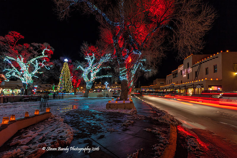 taos plaza christmas lights